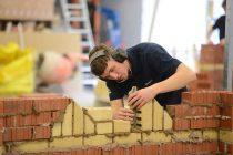 Skal du bruge en murer – få 3 tilbud fra en murer i Faxe